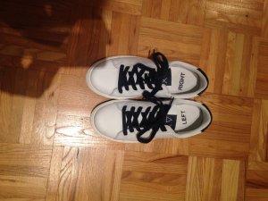 Weiße sneakers, gr. 39