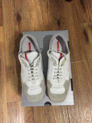 Weiße Sneakers von Prada