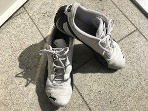 Weiße Sneakers von Puma, Gr. 40,5