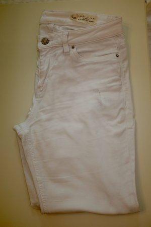 Weiße Sommer-Jeans
