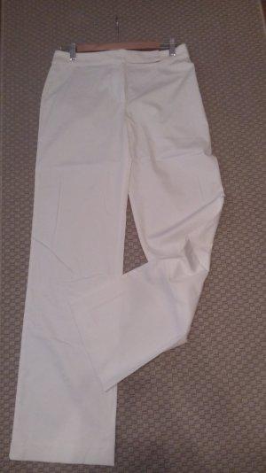 weiße Sommerhose von Escada