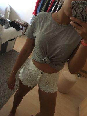 Weiße spitzen Shorts