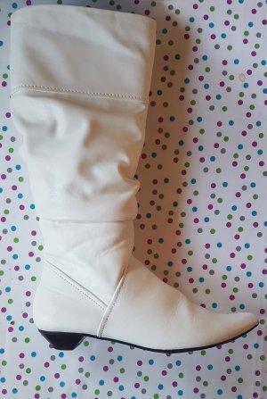 Weiße Stiefel