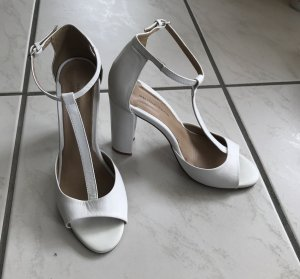 Zara Basic T-Strap Sandals white