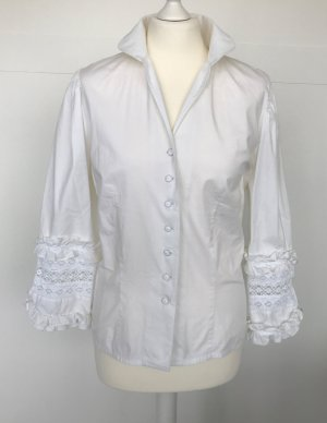 weiße trachtige Bluse von Wallmann mit Spitzen-Manschetten