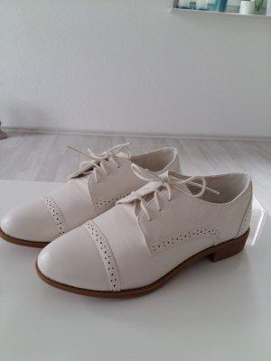 Weiße Vintage-Schuhe