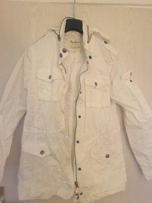 Weiße Windjacke von Pepe Jeans