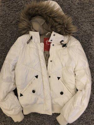 Weiße Winterjacke von Esprit