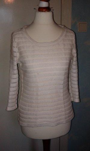 weißer Angorra-Wollpulli