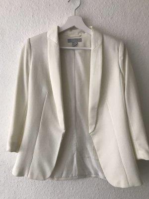 weißer blazer mit schulterpolster