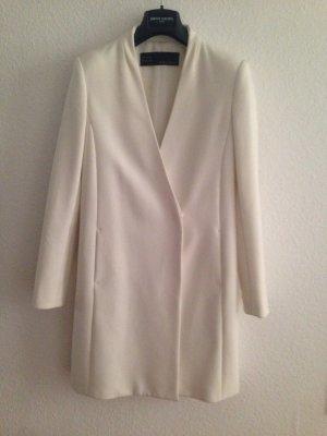 Weißer cleaner Mantel von Zara