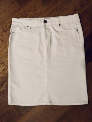 Weißer Jeansrock mit Silbersteinchen hinten