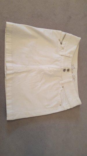 Weißer kurzer Jeansrock