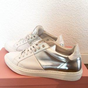 Weißer Leder-Sneaker von NUBIKK