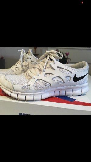 Weißer Nike Free