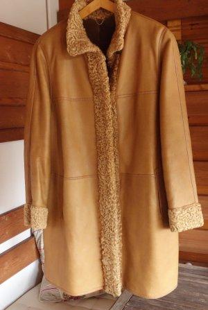 Manteau de fourrure brun sable-marron clair fourrure