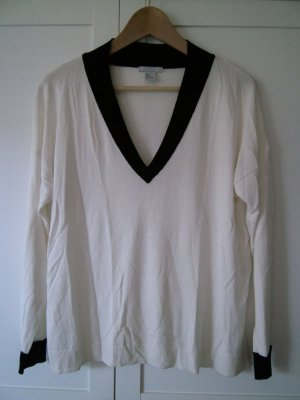 H&M V-Neck Sweater white-black viscose