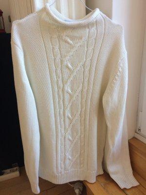 Weißer Pullover Turtleneck Zopfmuster Baumwolle Winter Minimal Trend Blogger