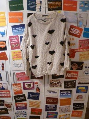 Weißer Strickpulli mit schwarzen Herzen, Oversize, Primark, Atmosphere, Blogger