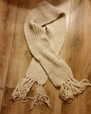 Knitted Scarf white