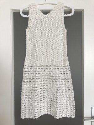 Weißes 70er Häkelkleid für Standesamtliche Vintage-Hochzeit