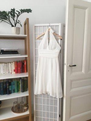 Weißes Abendkleid im Marylin Monroe Style
