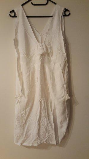 Weißes Ballonkleid mit Taschen