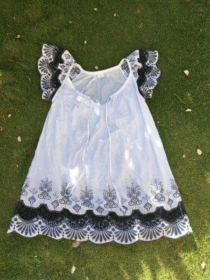 Weißes Baumwollkleid, Spitze, lässig