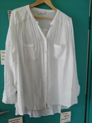 weißes Bluse mit Palietten