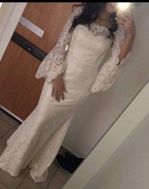Weißes Brautkleid -Standesamtkleid
