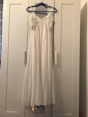 Weißes Debütantinnenkleid mit Glitzergürtel