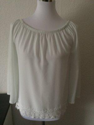 weißes durchsichtiges Shirt / Blusenshirt mit Häkelmuster von Madonna  - Gr. S