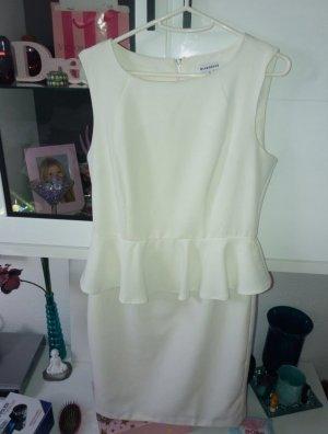 weißes elegantes Sommerkleid