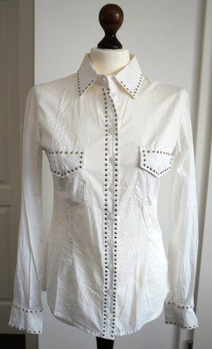 Weisses Hemd mit silbernen Nieten von Denny Rose