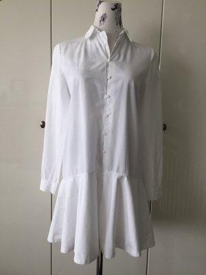 Weißes Hemdkleid mit ausgestelltem Rock von Zara