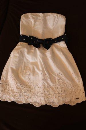 Weißes Hollister-Kleid mit gepunkteter Schleife