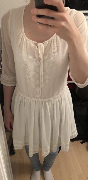 Vestido de chifón blanco