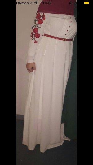 Weißes Kleid mit Blumen Muster