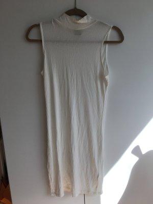 Weißes Kleid mit leichtem Steppkragen