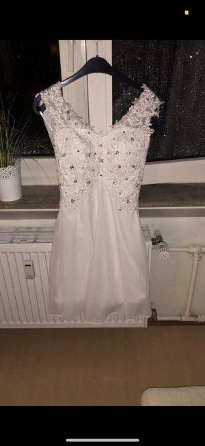 Weißes Kleid mit Silber Pailletten