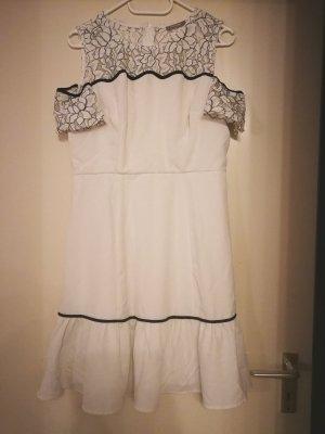 Weißes Kleid mit Spitze Gr. 40
