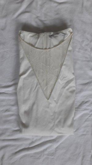 Weißes Kleid mit Spitzeneinsatz