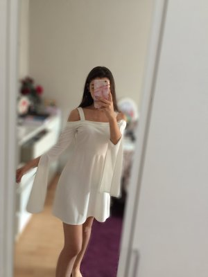 Weißes Kleid ungetragen nagelneu