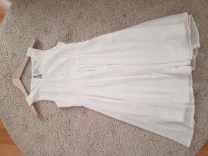 Weisses Kleid von Vila