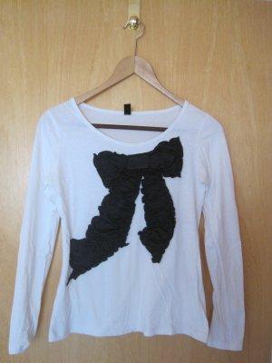 Weisses Langarmshirt mit schwarzer Schleife