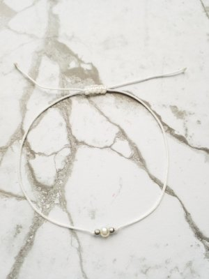 Bijoux de bras blanc-argenté
