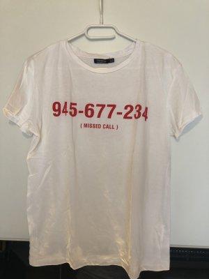 Weißes neues Tshirt