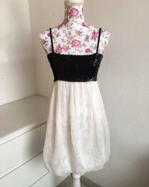 Weißes Partykleid mit Schwarzen Pailetten