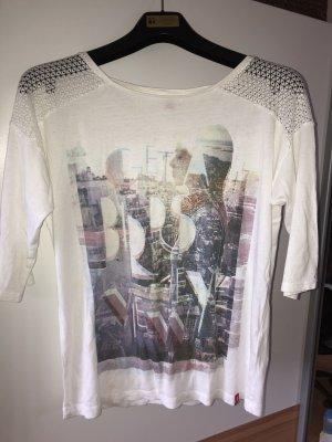Weißes Shirt mit Muster