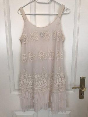 Weißes Sommerkleid in Größe L